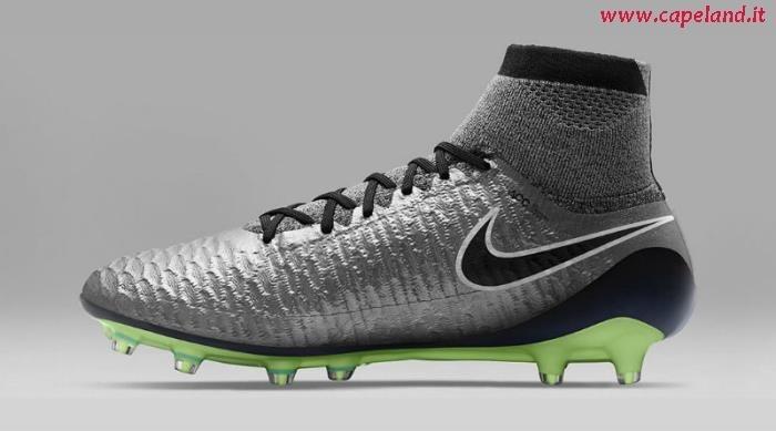 Scarpe Da Calcio Nike Con Calzino 2016 capeland.it